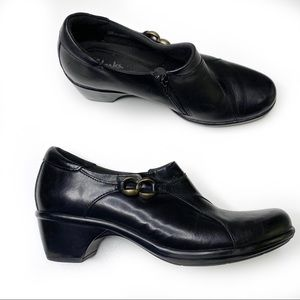 Clark's black leather clogs buckle size 8.5
